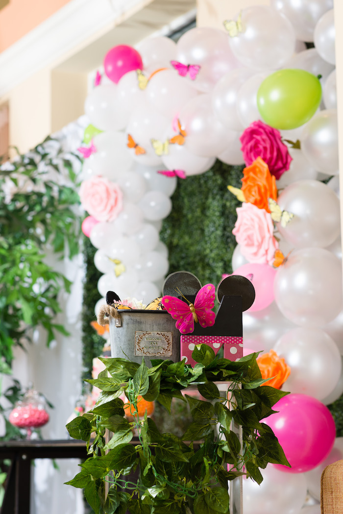 Karas Party Ideas Minnie Mouse Inspired Butterfly Garden