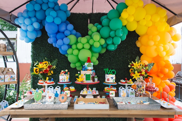 sesame street table and chairs ergonomic video editing chair kara's party ideas rustic birthday  