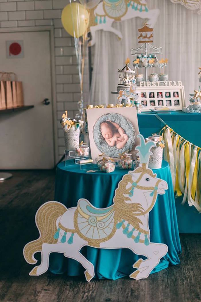 Kara S Party Ideas Merry Go Round Carousel Birthday