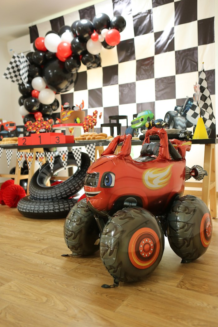 Kara S Party Ideas Blaze And The Monster Machines Birthday