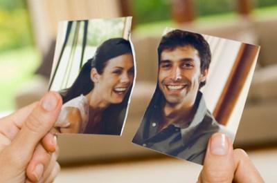 גירושין מבצעים בבית הדין הדתי עליו משתייכים בני הזוג