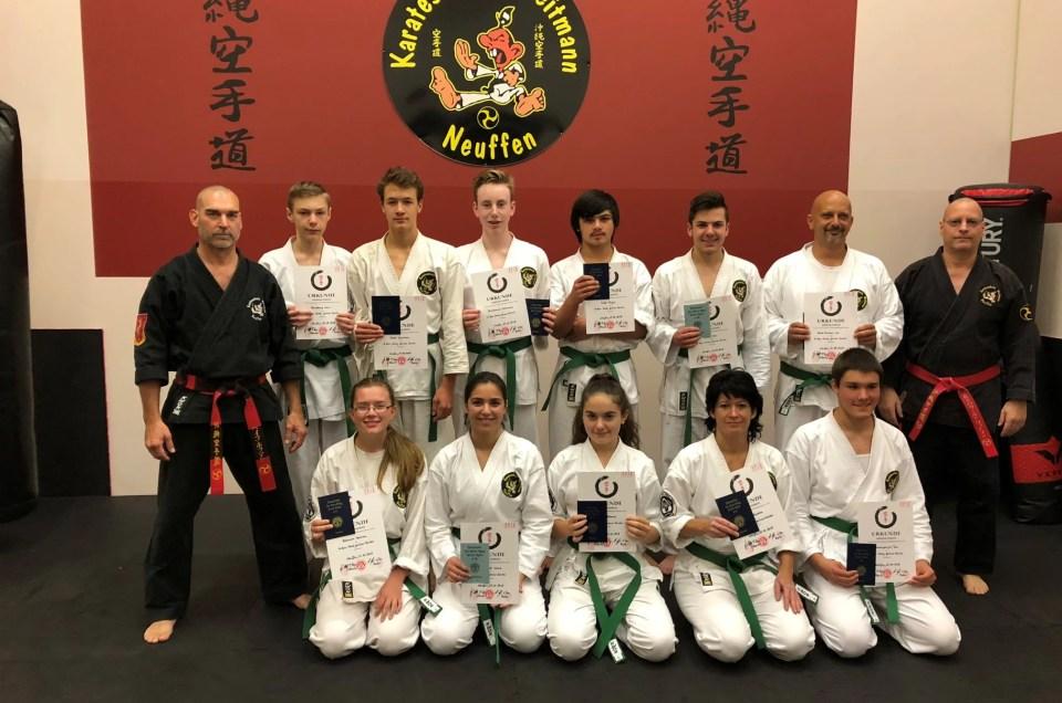 Karateschule Weitmann Neuffen gibt folgende Prüfungsergebnisse vom 12.10.2018 bekannt: