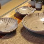 E Karatsu large and medium shallow bowls