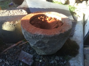 Mortar full of material, big chunks.
