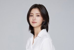 Read more about the article JEONGHWA (EXID)