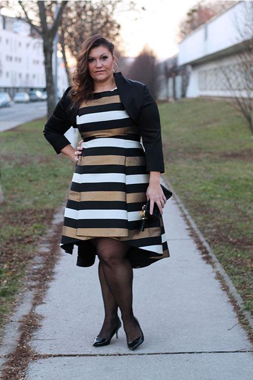 kardiaserena-outfit-plussize-fashion-curvy-asos-gestreiftes-kleid-metallic-look-luxury-coast-plus-bolero