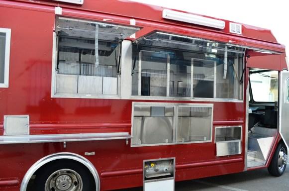 La Ilusion Catering Truck - 05