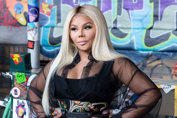 "Lil Kim Reveals Cover Art, Tracklist, & Release Date For Upcoming Album ""9"""