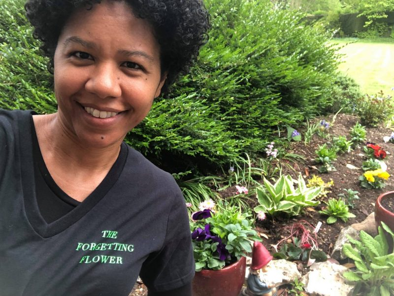 Natasha Oliver, Where in the World is The Forgetting Flower T-shirt? England, Karen Hugg, https://karenhugg.com/2019/06/05/t-shirt-england #TheForgettingFlower #T-shirt #NatashaOliver #author #books #novels #scifi #England
