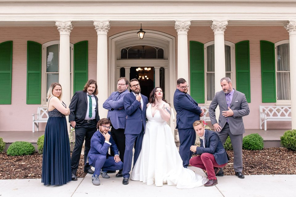 Bride and Groom Family and Friend Portraits at Edwards Place in Springfield Wedding by Karen Shoufler