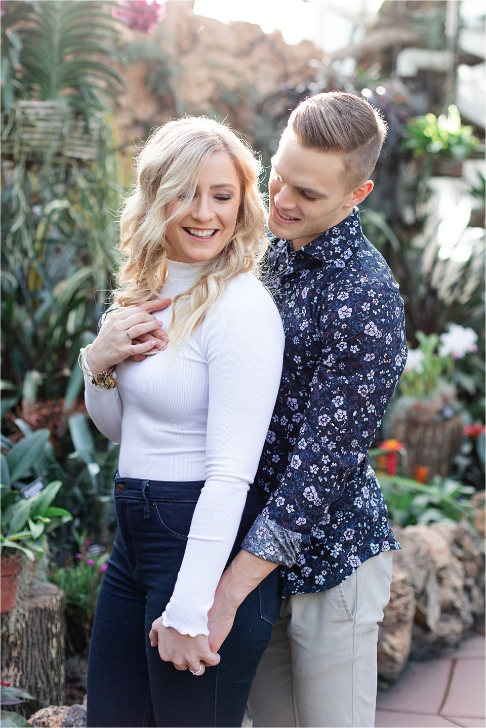 Engagement photography at Lincoln Park Conservatory in Chicago