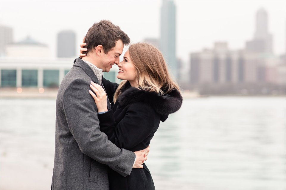 Classy winter engagement session at museum campus and Lake Michigan in Chicago by Karen Shoufler