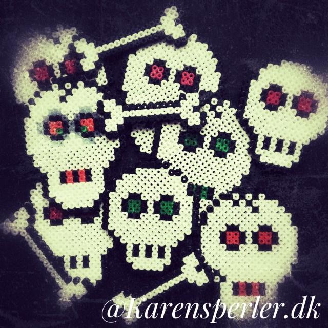 Kranier og knogler halloween perler Hama