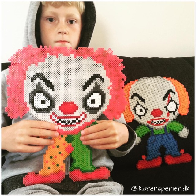 Halloween perler killer clowns