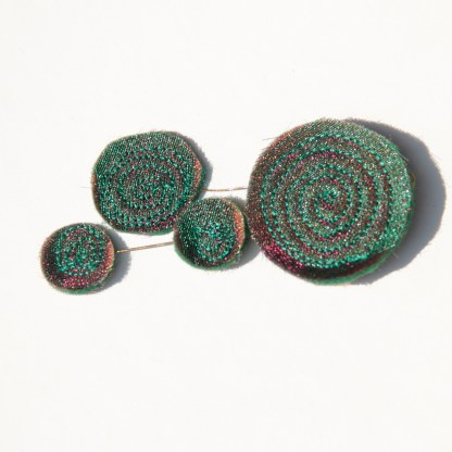 Sparkles brooch made from reclaimed organza and felt - Karhina.com