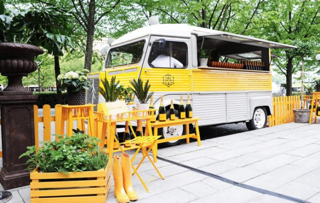 champagne-truck-veuve-clicqout-700x467