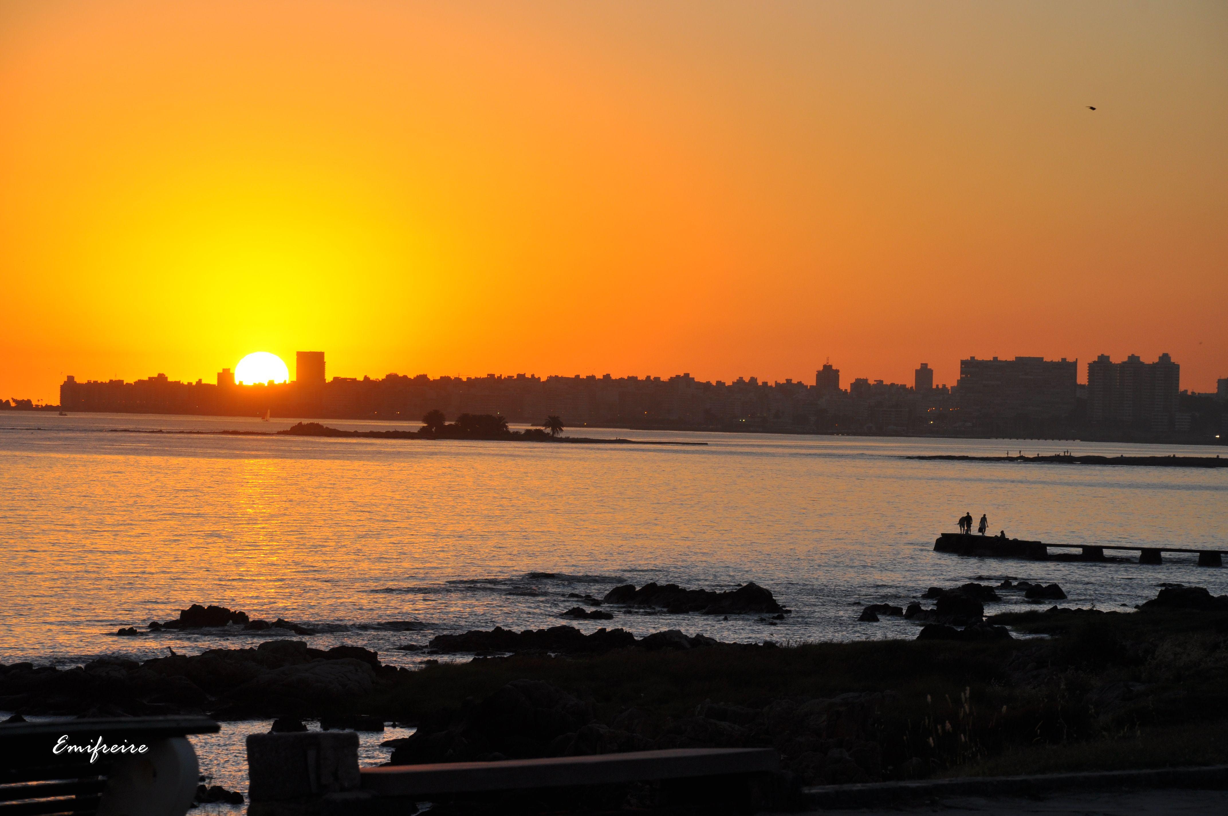 Vistas de Montevideo desde un buen edificio
