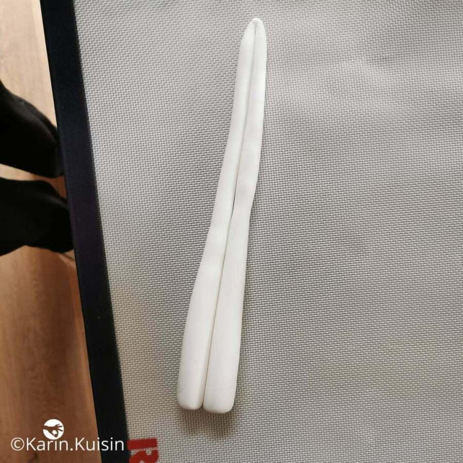 pâte à sucre blanche corne licorne