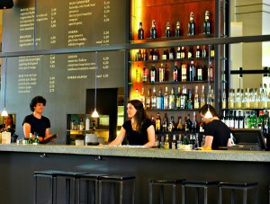 cafe_de_jaren_amsterdam_bar_first_floor