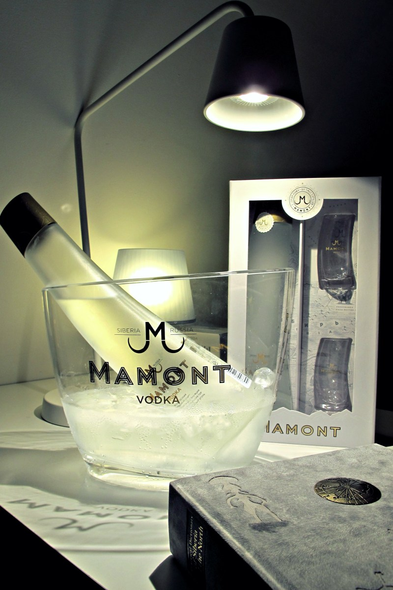 Mamont Vodka Pop-up Experiences - Hand-cut ice workshop