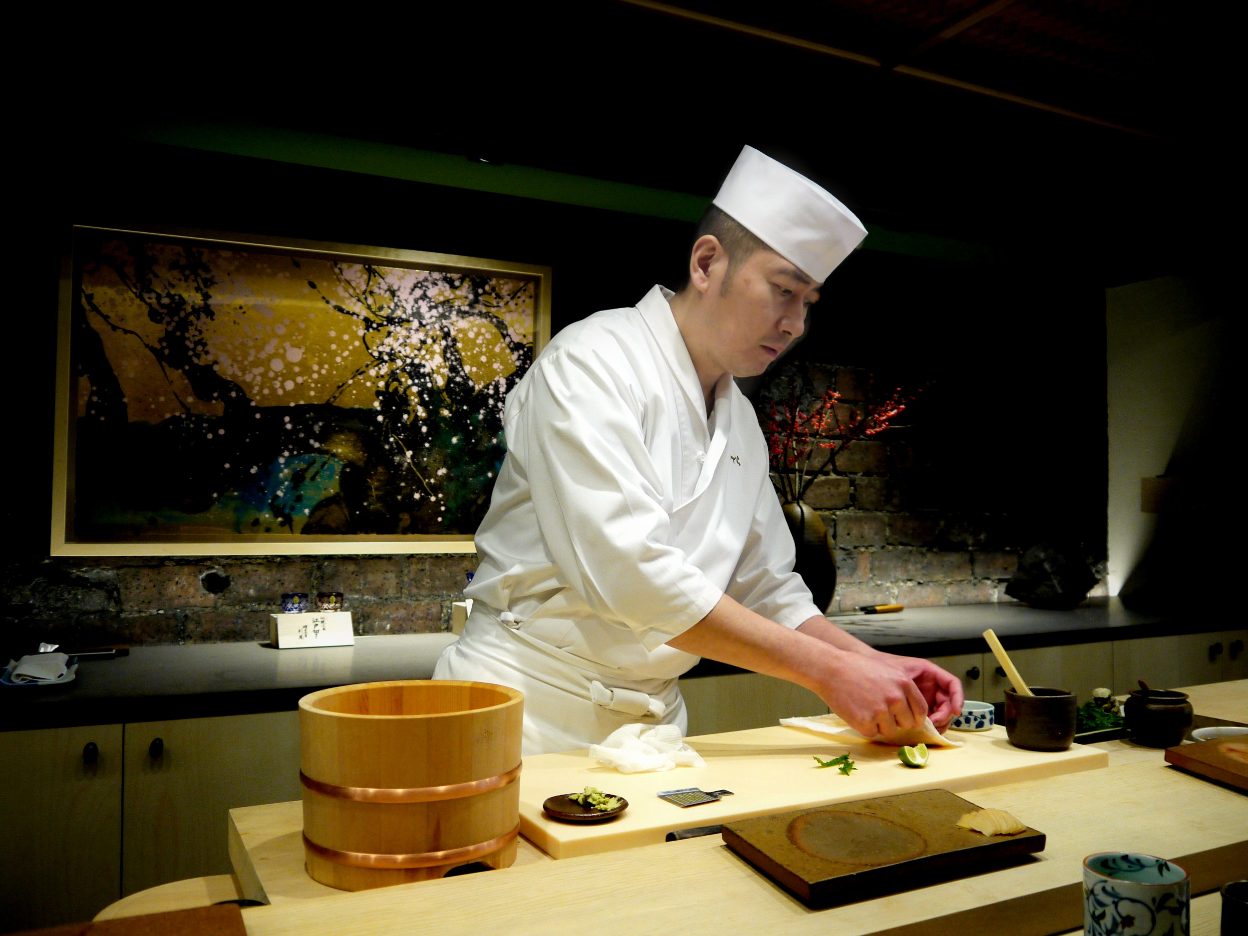 Sushi ginza onodera the perfect sushi experience in for Accord asian cuisine