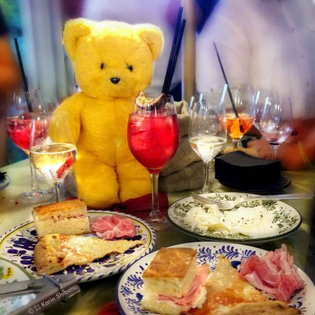 monsieur_kodak_bear_mamma_primi_paris_pizza