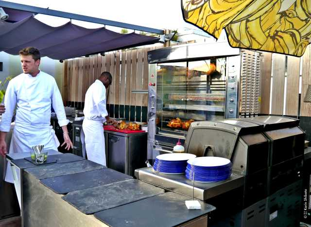 mama shelter paris rooftop rotisserie 15