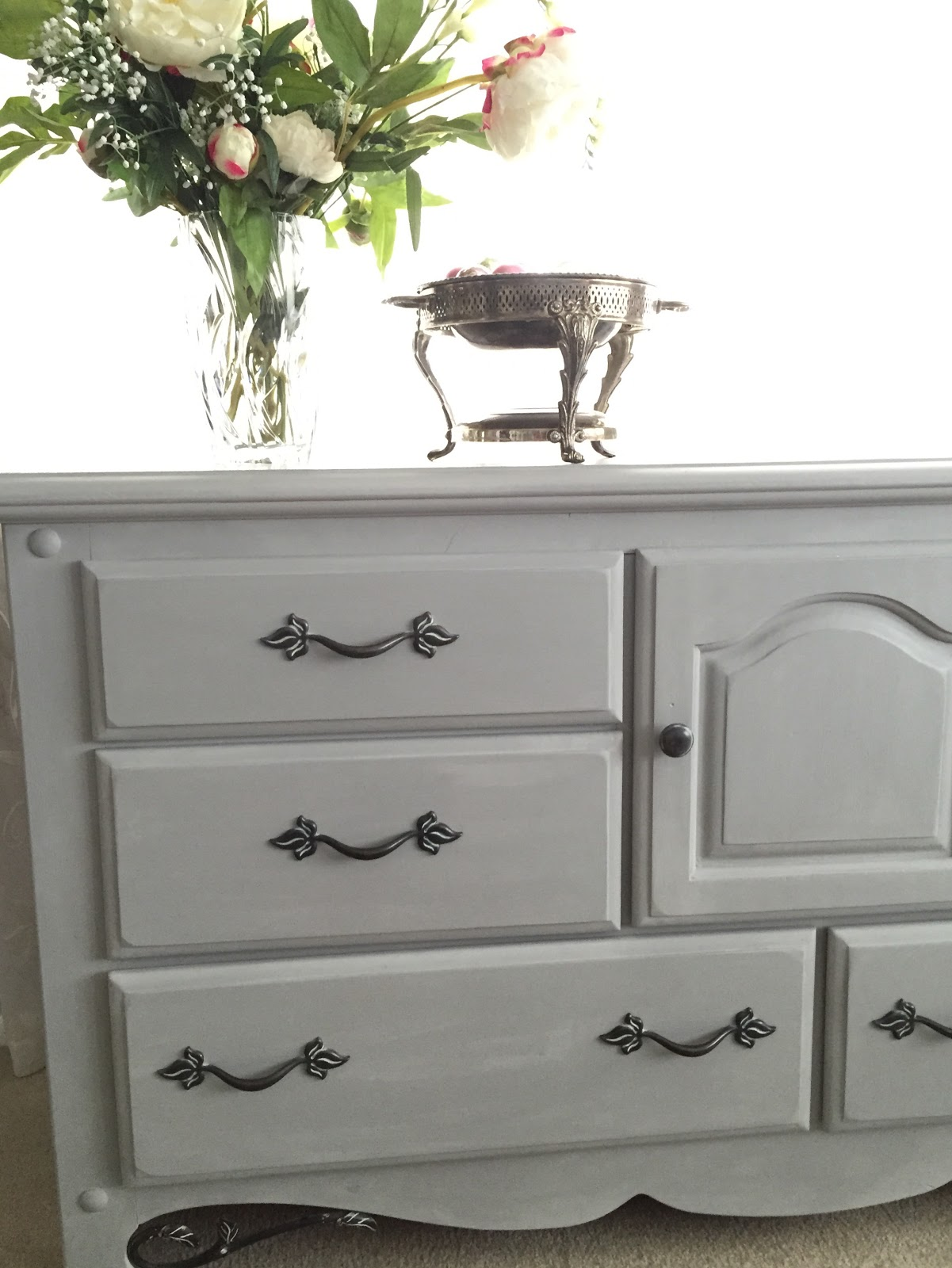 How To Chalk Paint A Dresser With Annie Sloan Paris Grey Karins Kottage