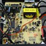 車のシガーソケットからAC100Vに変換するインバータの仕様を調べる