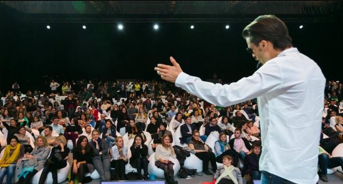 Menjadi Pembicara yang Percaya Diri dan Menarik