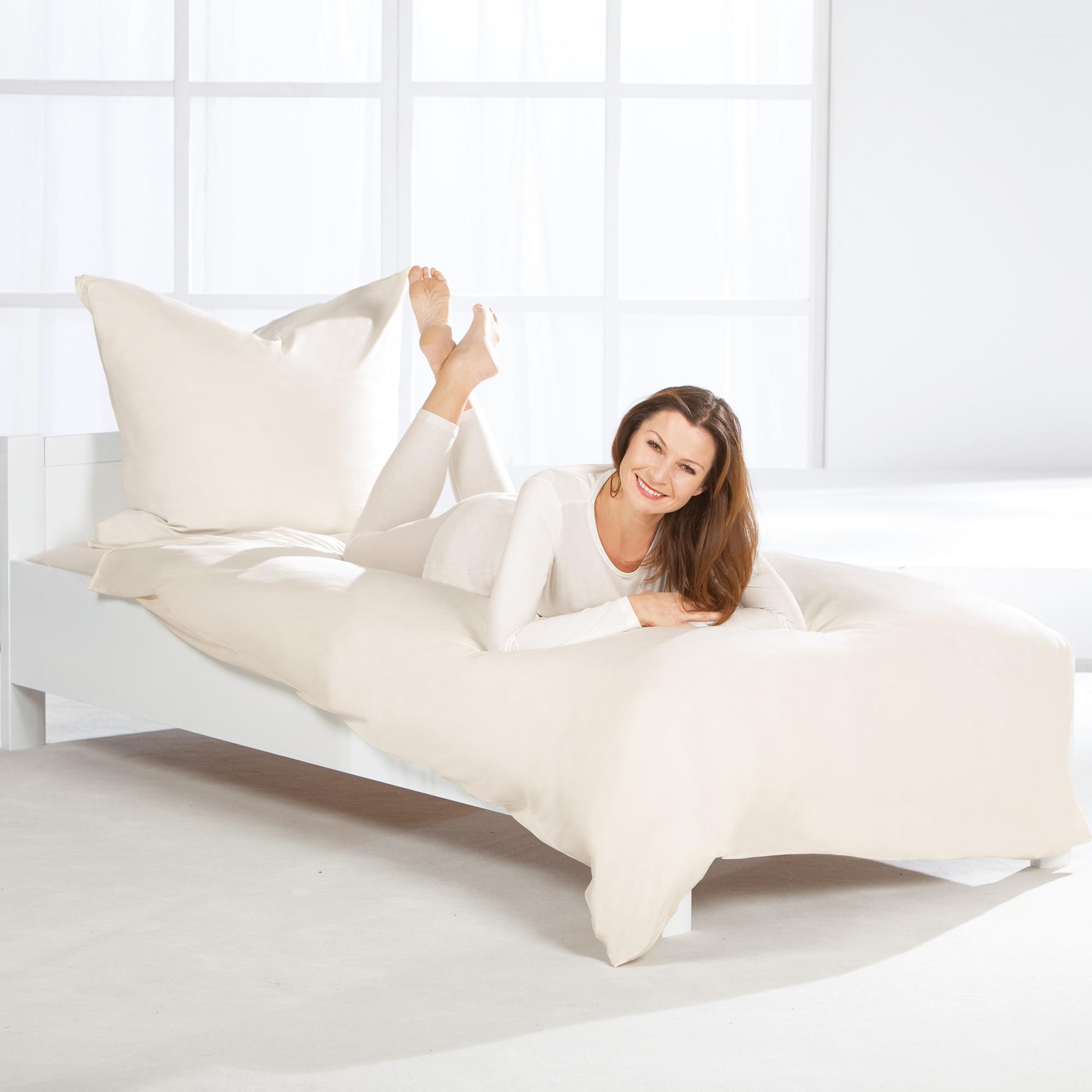 bettw sche normal set bettw sche betthimmel nestchen schmuseb r z llner 3. Black Bedroom Furniture Sets. Home Design Ideas
