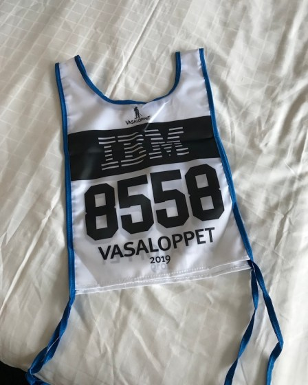 (c) Karl Baumann 2019: Die Startnummer, Tällberg im März, iPhone 7
