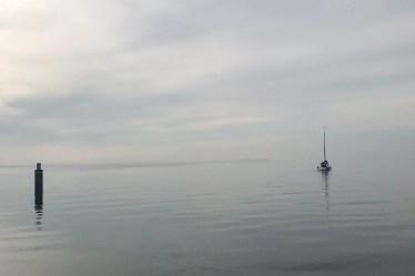(c) Karl Baumann 2020: Boot im Lago di Garda, November in Garda, iPhone 7