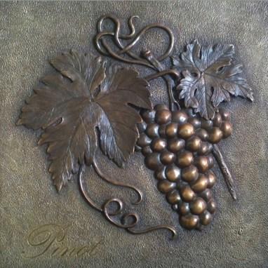Pinot Bas Relief Decorative Grape Plaque