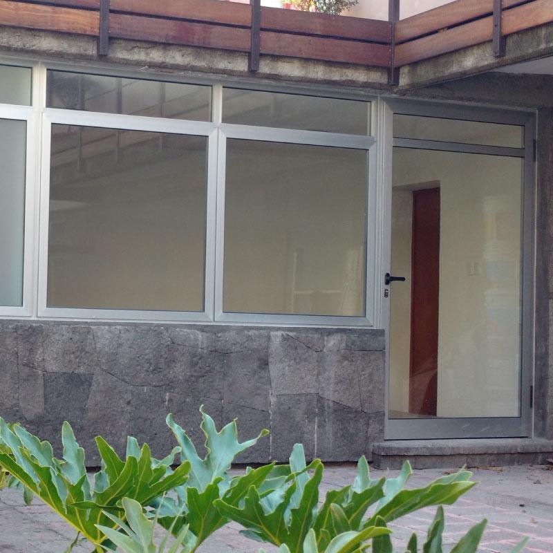 cuadro-3_construccion_mantenimiento_ventanas_canceles_puertas_solariums_cristales_templados_pvc_aluminio_karleton_sistemas_oscilobatientes_dos_hojas_sin_poste_osciloparalelas_multihoja_plegadizos