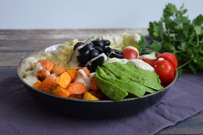 quinoa bowl met zoete aardappel - karlijnskitchen.com