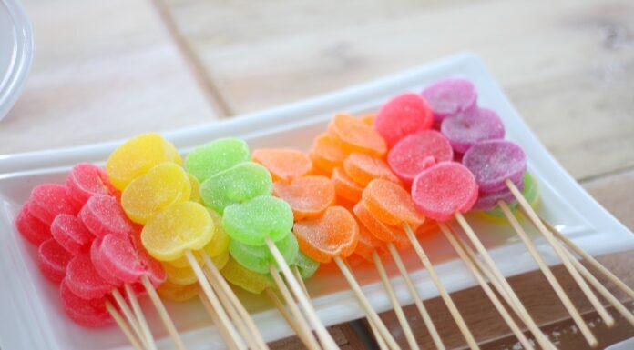 Süßigkeiten: Lutscher und Lollies