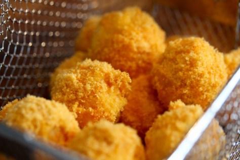 chili cheese balls