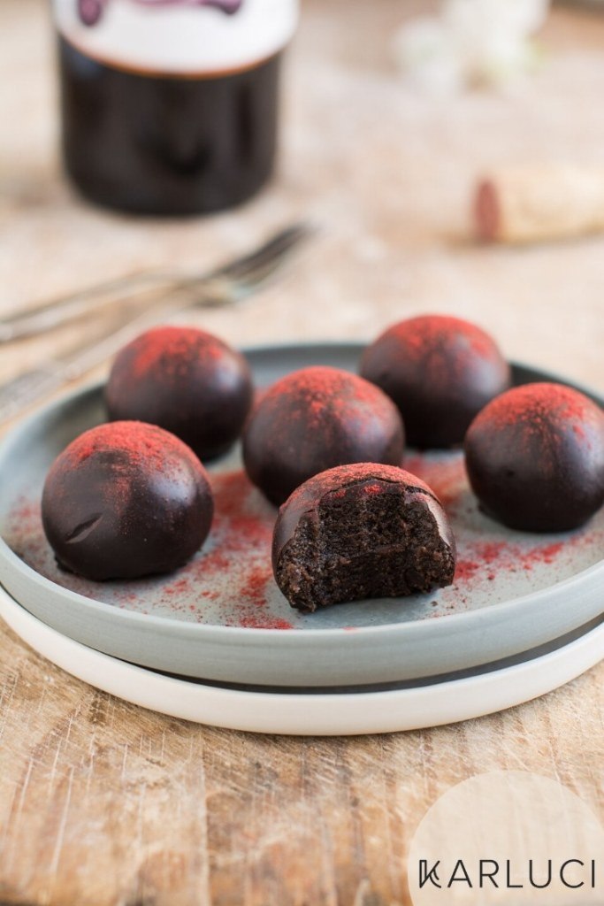 Chocolaty Vegan Truffles with Red Wine