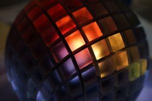 Светодиодная кристаллическая аудиосистема