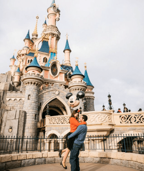 Disneyland Paris couple photos