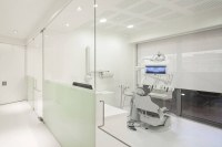 Dental Clinic in Lisbon by Pedra Silva Architects ...