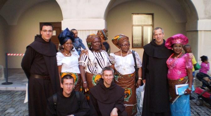 NOVACI NA SVEĆENIČKOM REĐENJU U GRAČKOJ PRVOSTOLNICI I NA PROSLAVI KARMELSKE GOSPE U BEČU