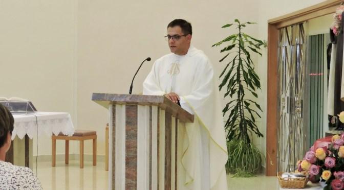 Mladomisnik o. Nikola predvodio slavlje Male Terezije u Karmelu sv. Josipa