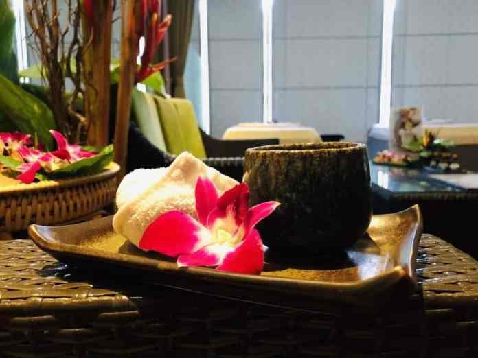 spa bak massage flower thailand