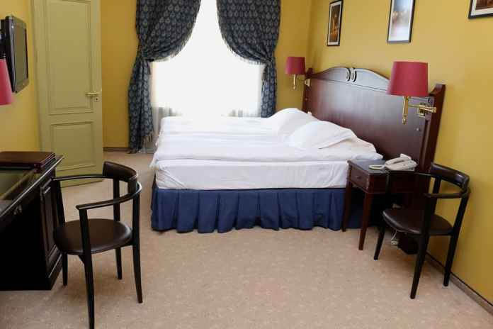Room at Gallery Park Hotel