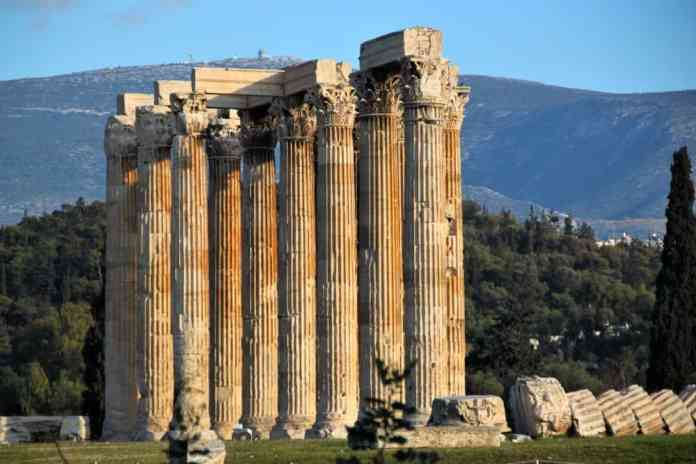 Interesting facts Greece: visiting ancient temples