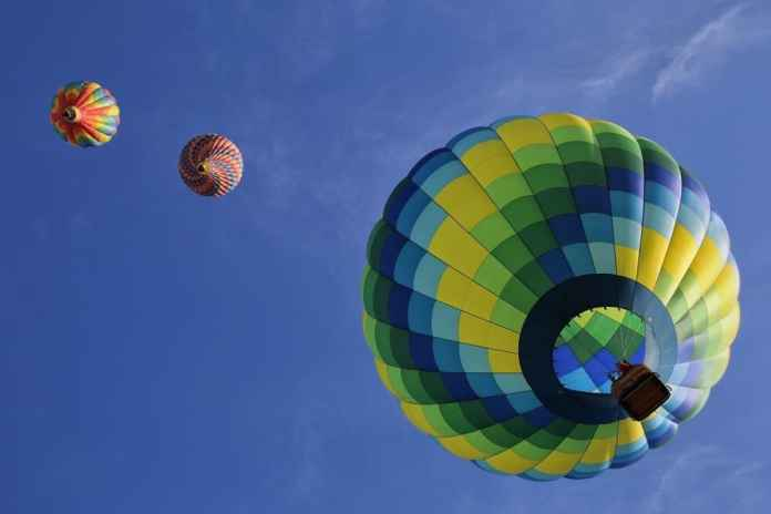 Fun things to do in Spain: hot air balloon