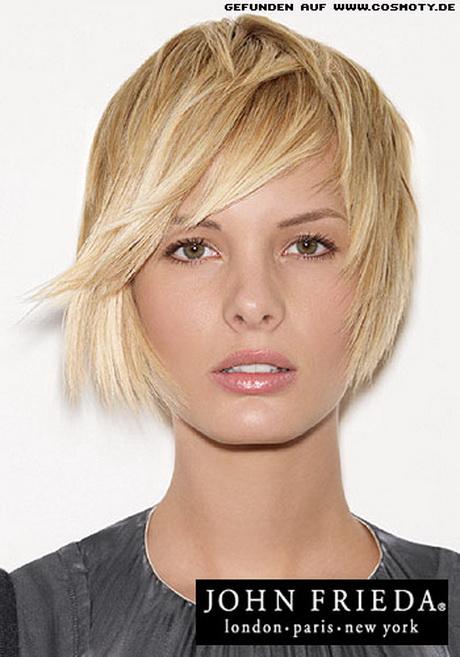 Frisur halblang blond