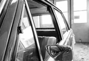 Blick in die Oldtimer-Werkstatt: Karosserie Garage, Bad Saulgau, Mercedes-Benz 280 E W114